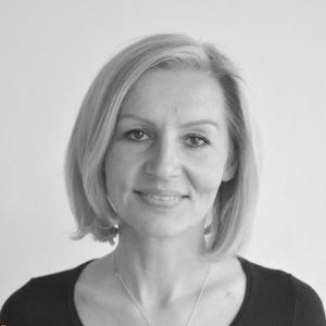 """<img src=""""https://www.thefundingalliance.com/wp-content/uploads/2017/04/naše.png"""" width=""""15"""" height=""""15""""> Adéla Štorková"""